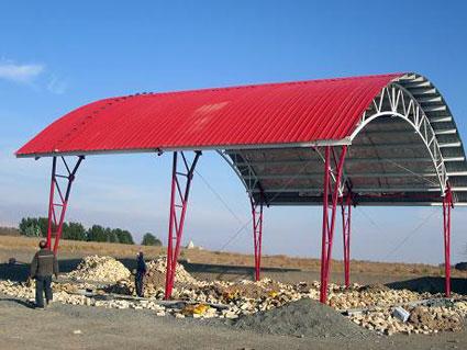 اجرای سقف شیروانی-اجرای سقف شیبدار-پوشش سقف شیبدار-پوشش سوله-اجرای خرپا-تعمیرات سقف(09121431941)